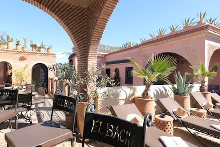 Riad Trois Palmiers El Bacha