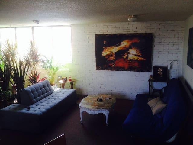 Room/Apartment at Coyoacan/UNAM