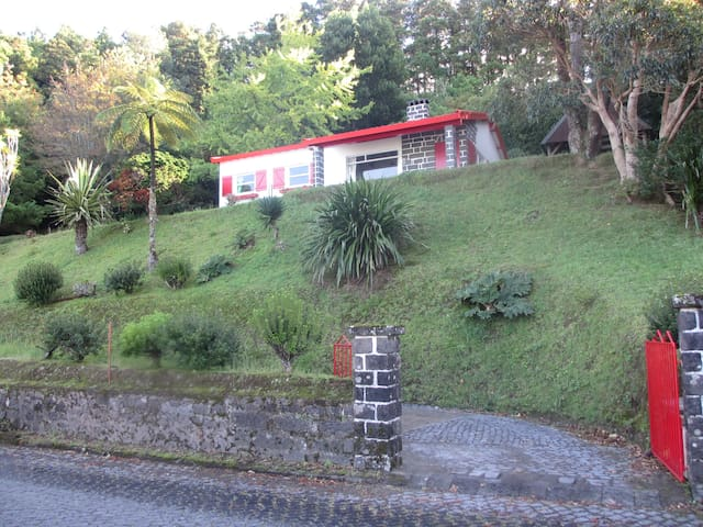 Furnas Lake Cottage - Furnas - House