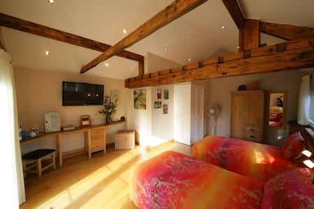 A Garden Room in a rural setting. - Cheshire West and Chester - Bed & Breakfast