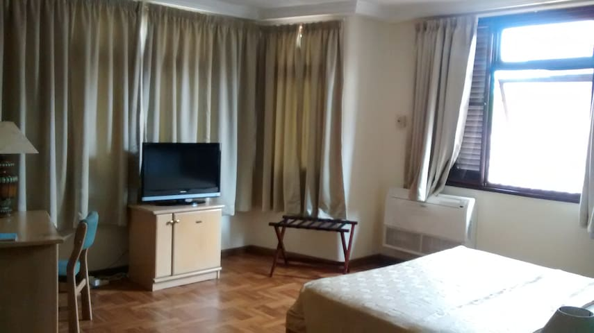 Rooms Available in Cantonments  - Accra - Bed & Breakfast