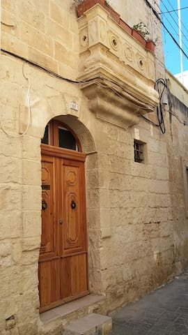 Cosy Townhouse in traditional Maltese village