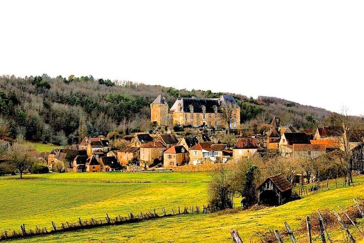 Berbiguières, Dordogne, Cottage - Berbiguières - Rumah