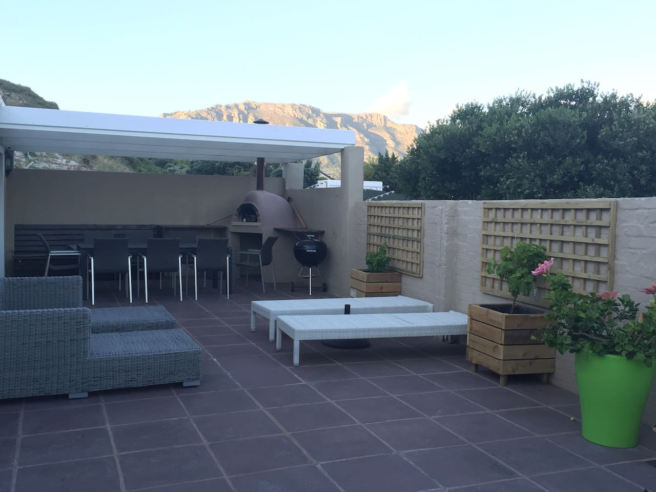 Pizza oven and outdoor lounging area