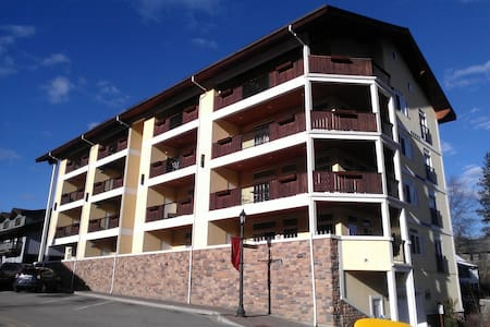 Downtown Condo - Heart of Bavaria - Leavenworth - Leilighet