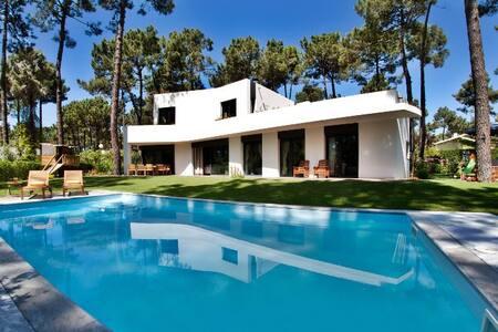 Villa Aroeira-113017 - Lisboa