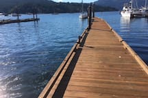 There is lots of room for you to tie up your boat! You will also find a swimming ladder at the end of the dock! Take a dip!