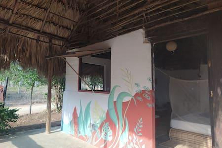 Yurbakos Granja Eco