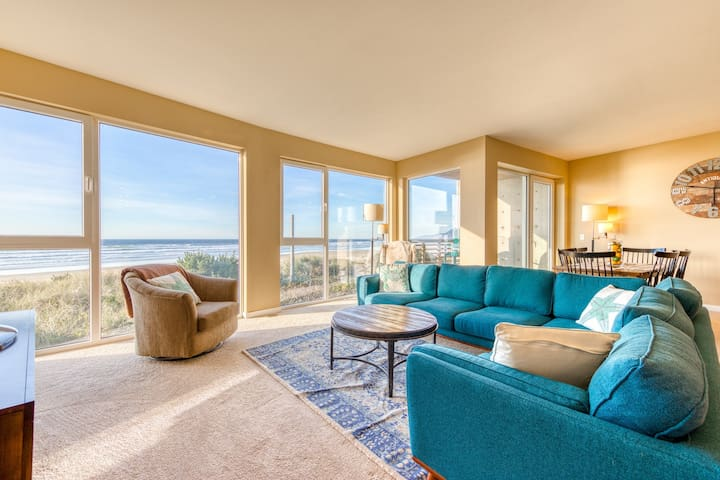 Seaside, dog-friendly condo with ocean views & shared hot tub!