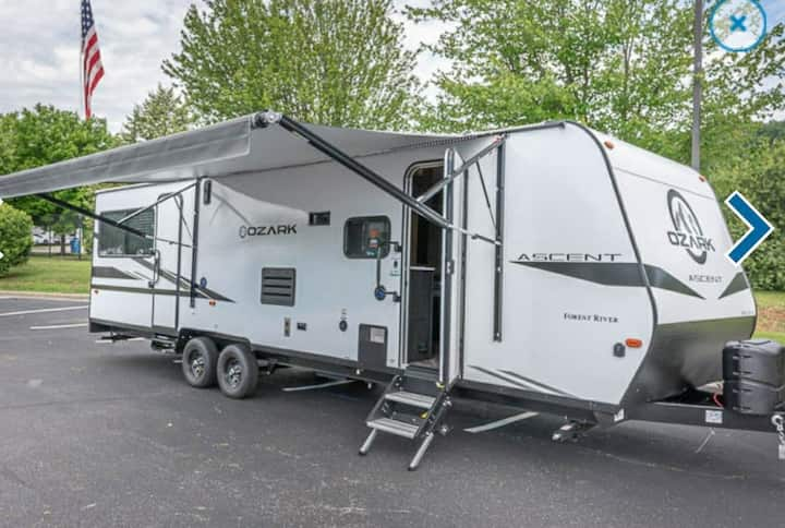 "2021 Ozark RV ""Toy Hauler""  Sleeps 6. /Scottsville"