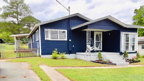 Cottage by the Lake, NEBO, and Golf Course, PETS+