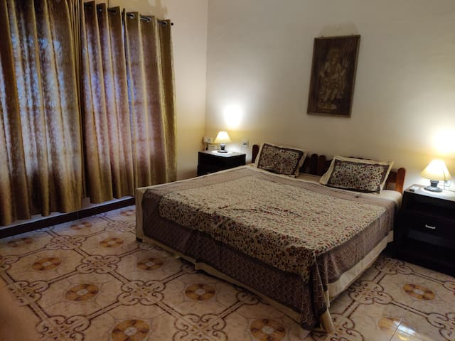 (S1) CANDOLIM STAWIL APARTMENTS/ GUEST HOUSE
