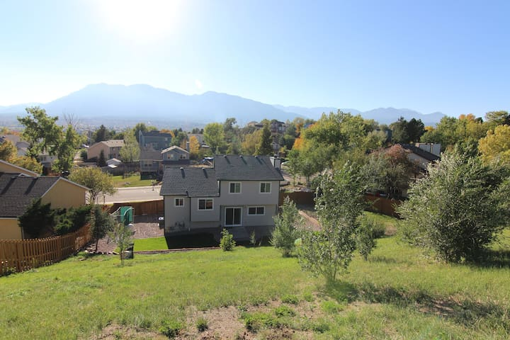 NEW! The best 3 BDRM deal in the Broadmoor area