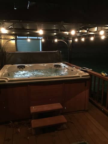 4Bed 3Bath House w/Hot Tub! - Nashville - House