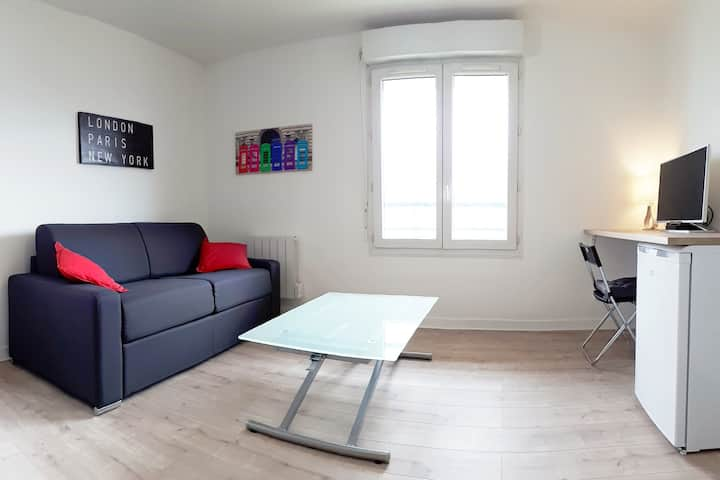 Beautiful  flat : 36m²/parking /quiet/downtown