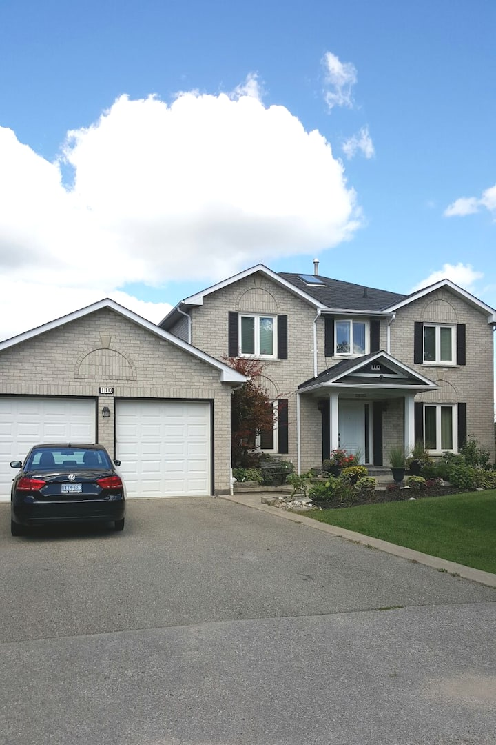 Private Ravine Lot In King City With Trails