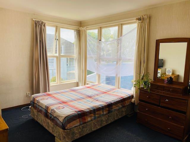 Sunny spacious double room