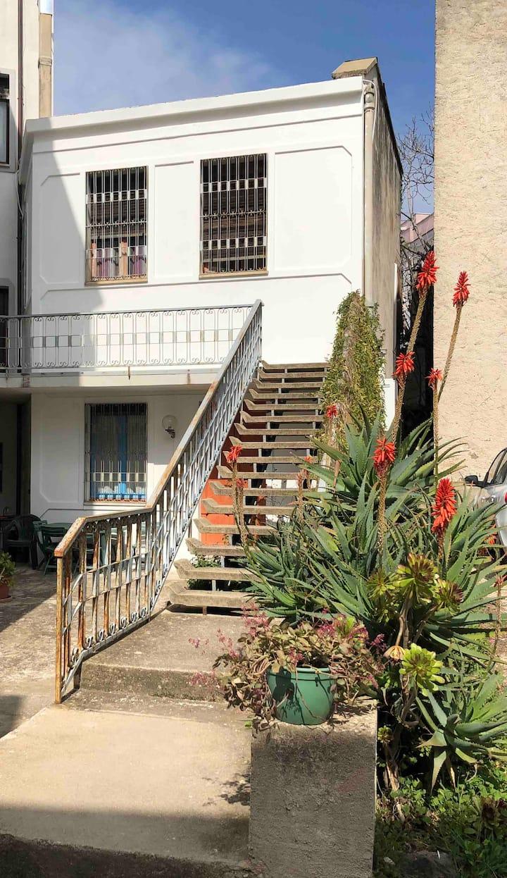 Casa in centro Dorgali con parcheggio interno