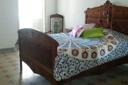 Habitacion doble/triple con baño en Maó. Menorca - Pensió