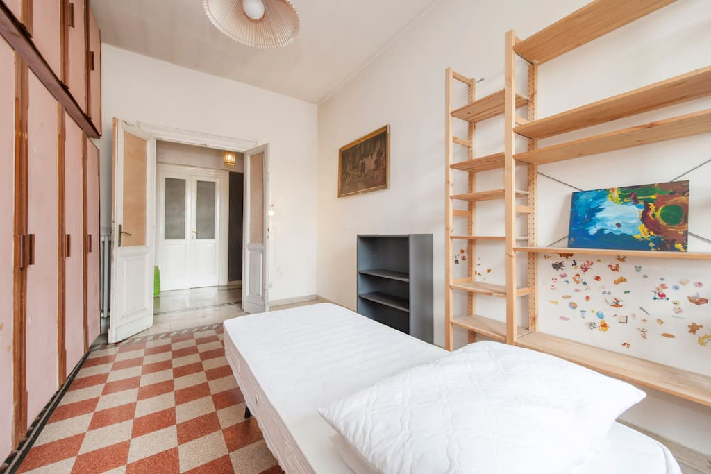 Colosseum - Room * WiFi & Italian Breakfast* Small-size furniture may vary according to the number of guests.