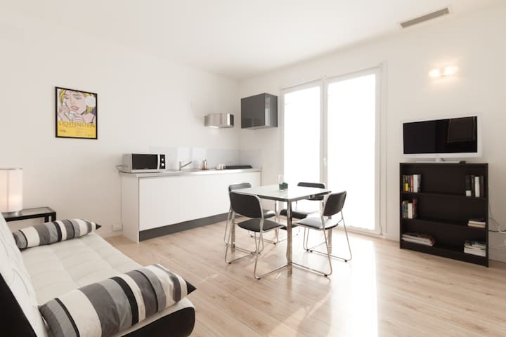 Brand new glamour flat with terrace & free parking - Venedig