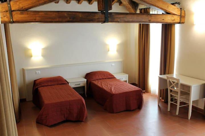 Appartamenti Toscana Trilo 4-6 persone