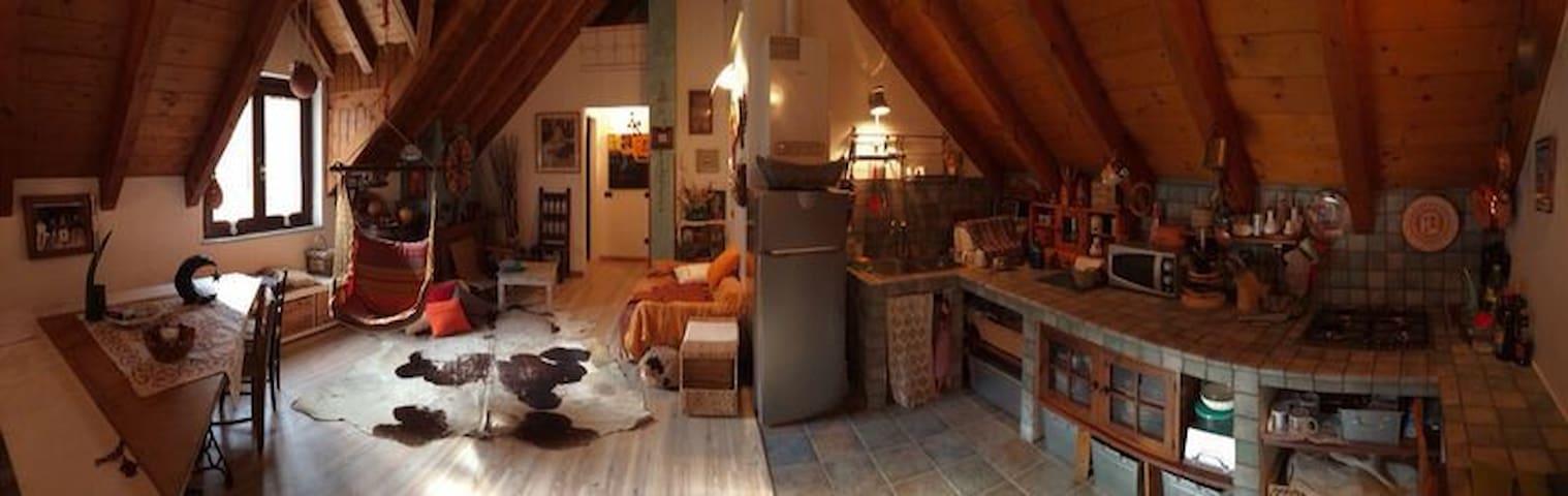 Mansarda in casa montana in pietra - Bannio Anzino - Apartment