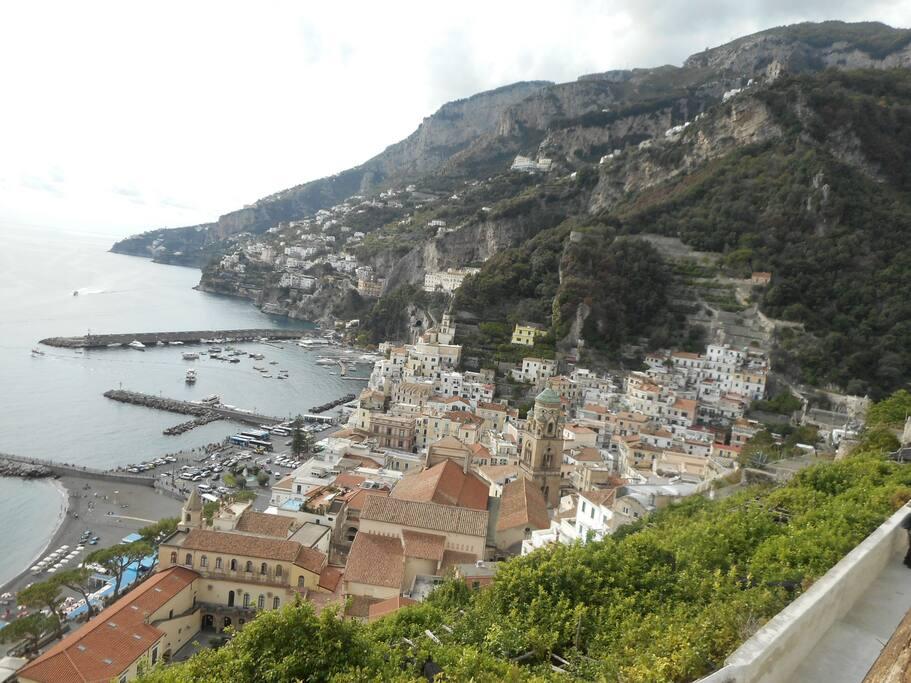Amalfi dall'alto, tramite ascensore da Piazza Municipio