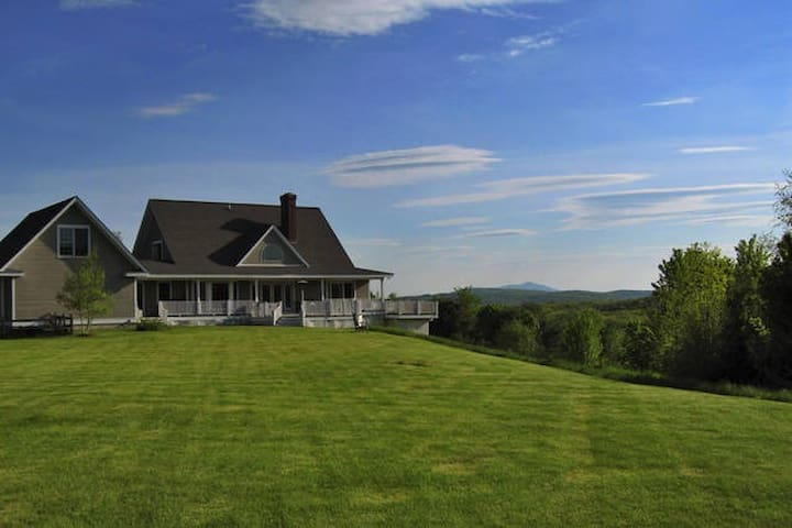 Country Retreat - Entire House - Near Dartmouth