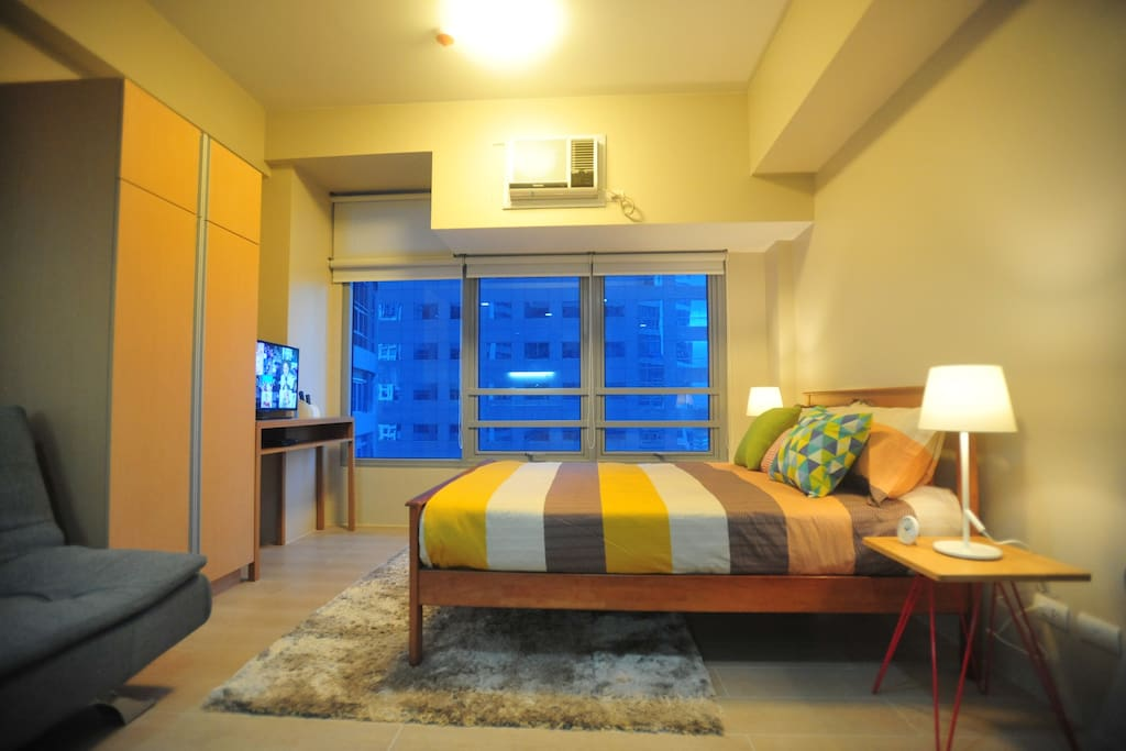 A cozy Condo unit by the city.