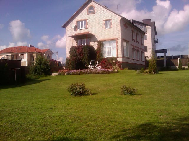 Cottage on the Moscow-Saint Petersb - Tver - Bed & Breakfast
