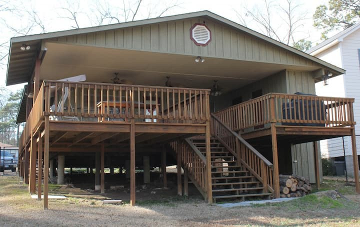 Pine Cove Cabin on Lake O the Pines