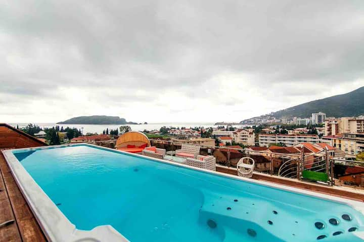 Roof Top Villa Budva