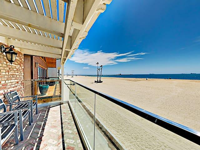 Beachfront Duplex w/ Balcony & Ocean Views!