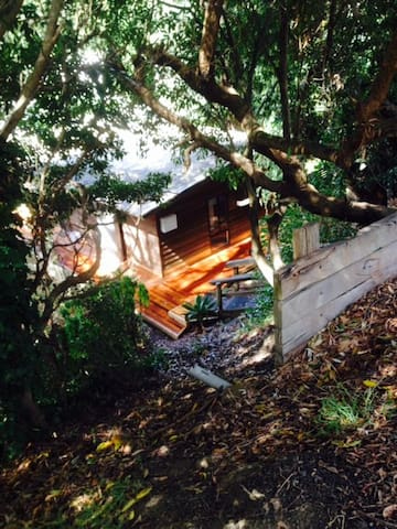 Warm Cosy Cabin - Small Private Bedroom - Lorne - Kabin