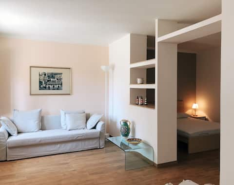 Cozy holiday apartment, few steps from the beach!