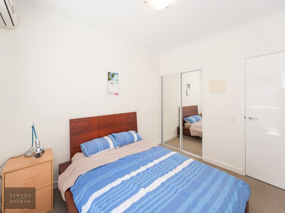 West Perth Room Free Transport Apartments For Rent In