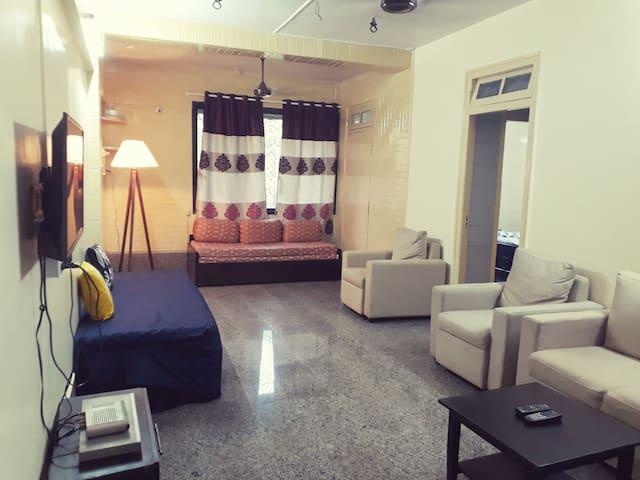 Spacious apartment in a peaceful societyin Chembur