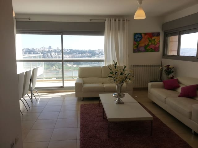 3.3 New&Luxurious 3BR in Holyland Tower - Jerusalem - Pis