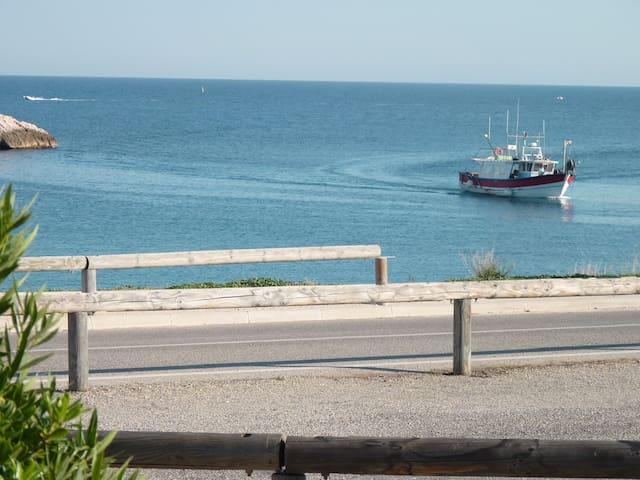 T3 - vue mer - Plage 50 m