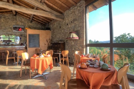 Farm House, B&b, Restaurant in the Mountain.Emilia - Pellegrino Parmense - Apartmen perkhidmatan