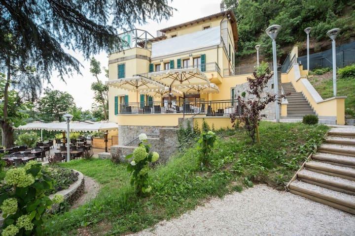 Beautiful Villa between Bologna and Tuscany