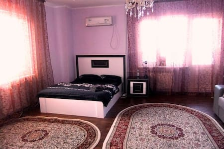 2х комнатная квартира в Алматы - Almaty