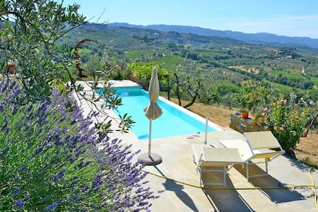 Design Villa in Tuscan Countryside - Montevarchi - Casa de camp