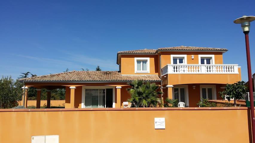 Pamiers , Villa provençale - PAMIERS - Villa