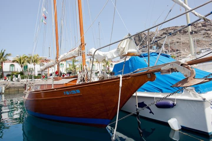 Puerto Mogan prohibe Airbnb-Velero en Gran Canaria