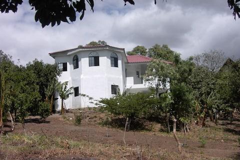 Beautiful lodge in Managua Hills