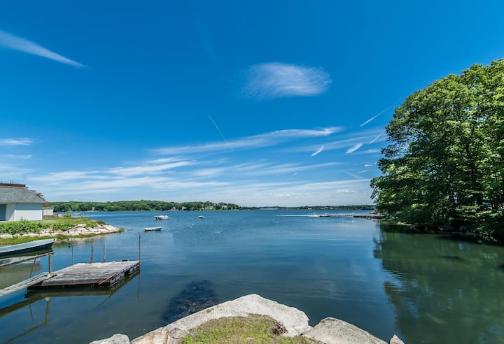 Luxury waterfront home in historic Noank CT