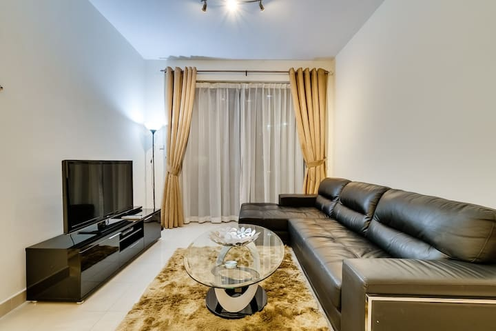 Westside [Ease by Emaar] Epic One Bedroom Apar...