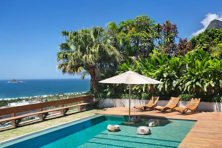 Exclusive and Secure Villa  in Sao Conrado